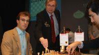 Георг Майер - Владимир Крамник (Foto: sparkassen-chess-meeting.de)